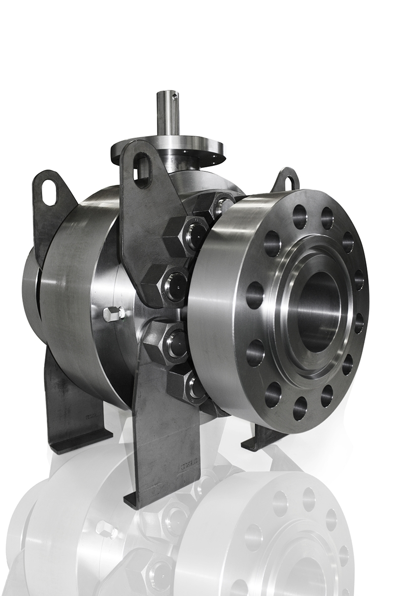 Trunnion side entry high pressure