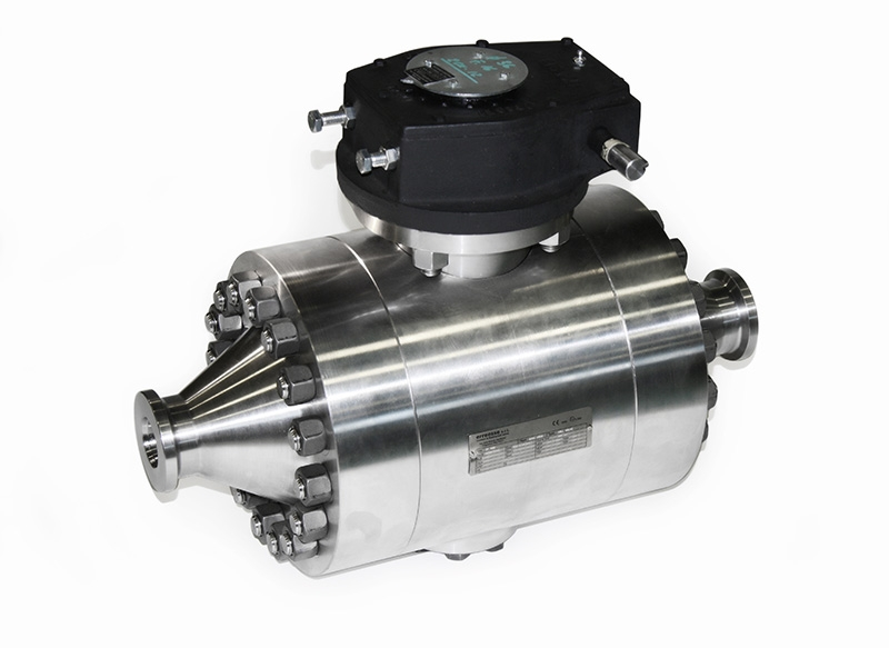 Trunnion valve with HUB ends