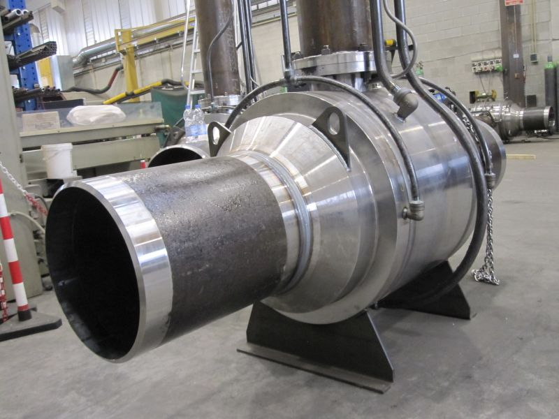 Trunnion fully welded metal seated ball valve for buried application